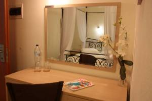 Room 1, Rainbow Resort Paralia Katerinis hotels rooms apartments beach