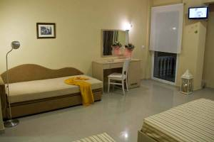 Room 7, Rainbow Resort Paralia Katerinis hotels rooms apartments beach