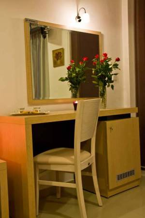 Room 8, Rainbow Resort Paralia Katerinis hotels rooms apartments beach